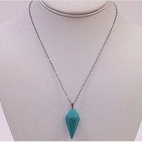 NWOT Turquoise pendant w/silver necklace