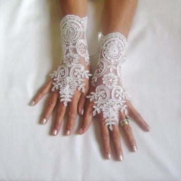 Wedding gloves off white free ship wedding gown french lace off cuff bridal glove lace for bride party prom jubilee