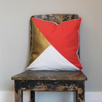 Geometric Coral, White & Metallic Gold Pillow Cover, Gorgeous home decor coral and metallic gold cushion cover. Throw Pillows Cushions