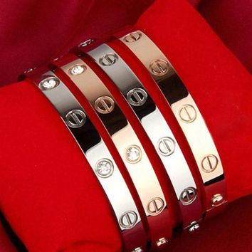 One-nice™ Cartier Fashion Jewelry Women Men Lover Couple Ring Best Gift Bracelet Necklace Sweater Chain