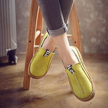Bjakin Women Walking Shoes Retro Round Toe Loafers Shoes Female Slip-On Sneakers New Design Light Cheap Trainers Plus Size 42