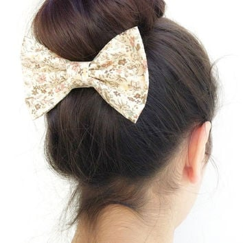 floral BIG hair bow by colordrop on Etsy