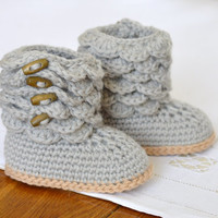 Crochet Pattern for Scallop Baby Booties Baby Boots Pattern Photo Tutorial Instant Download