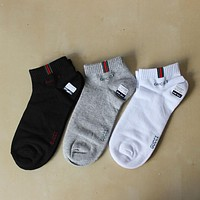 GUCCI 2018 new men's and women's sports deodorant cotton socks F0696-1