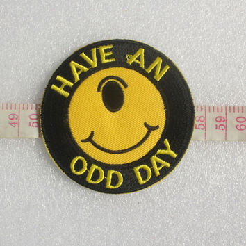 HAVE An ODD DAY The Monocular Smiling Face Patches / 0248 Punk Patches