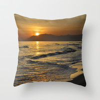 Last sunset of the summer Throw Pillow by Guido Montañés
