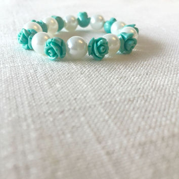 Toddler Jewelry - Baby Jewelry - Children's Jewelry - Toddler Bracelet - Toddler Pearl Bracelet - Pearl Bracelet - Gift Idea - Toddler Gift