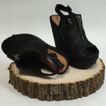 Not Rated Forrest Black Wedge