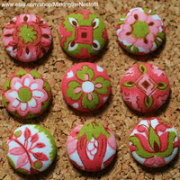 Vintage Pink Green Fabric Covered Button Magnets or Tacks - set of 9