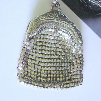 Vintage Miniature Silver Mesh Evening Bag / Purse / Floral Etching / Fashion Accessory
