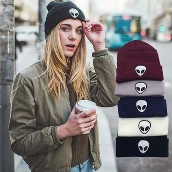 Hot Explosion New Candy Color Pattern Alien Knitted Hat Cap Wool Men Women Hat Gifts [8833914828]