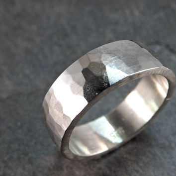 Hammered silver ring - Mens ring - Rustic wedding ring - Domed ring band 5mm to 7mm wide