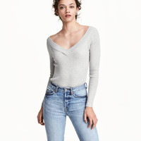 H&M Off-the-shoulder Sweater $17.99