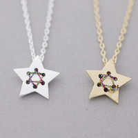 3D star necklace in Gold / Silver