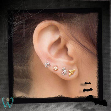14K Tiny Spider - Stud Earring - Flat Back Earring - Cartilage Earring
