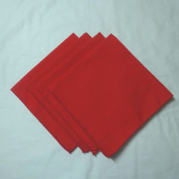 Set of 4 Vintage 1980s Red Dinner Napkins, Poly Cotton Blend, 14 Inches Square, Bound Edges, Vintage Linens, Christmas Table Decorating