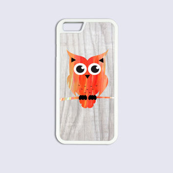 iPhone 6 Cases, iPhone 6 Plus Cases, iPhone 5C Cases, iPhone 5 5s Cases, iPhone 4 4s Cases - Cute Owl on Wood Design Cool Best Top Cover