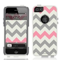Unnito Chevron Grey Pink White Case for iPhone 5 / 5S