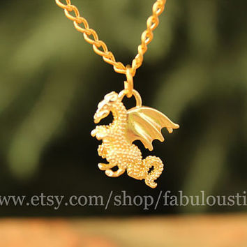 Cute Golden Fly Gragon Necklace,beautiful lovely necklace,best gift for lover Birthday gift and Christmas Gift Alloy pendant