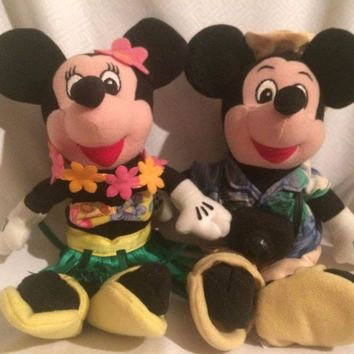 "10"" Walt Disney Tourist Mickey & Hula Minnie Mouse Plush Stuffed Bean Bag Dolls"