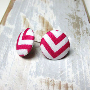 Small  pink and white chevron button earrings - chevron fabric studs - white stud earrings - hot pink post earrings - ohrringe ohrstecker
