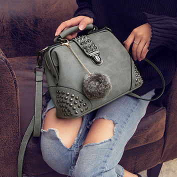Womens Fashion Retro Leather Shoulder Bag Female Casual Crossbody Bag Women Messenger Bags Chic Handbag +Necklace