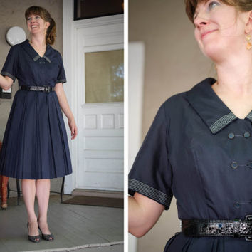 1950s Navy Shirt Dress / Betty Hartford / Sailor / Pleated Full Skirt / Size Medium