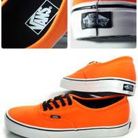 VANS (vans) AUTHENTIC (VN-0KUM1F4) / (Neon) Orange Vibrant / sneakers