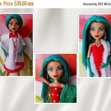 Doll Clothes, Handmade for Adult Type Monster High Dolls, Doll Jewelry, Christmas Red Green White Doll Dresses, Doll Dress