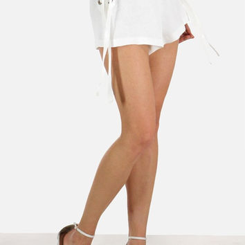 SIDE LACED TEXTURED SHORTS