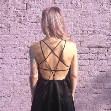 Stylish Backless Back Star Dress