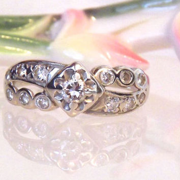 Vintage Diamond 14K White Gold Band Ring
