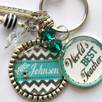 "Teacher Gift Personalized keychain, Quote ""World's Best Teacher"" gift, present, mom, aunt, daughter, son, cousin"