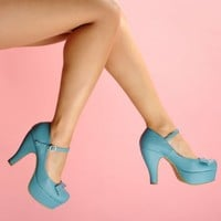 Bow Front Platform Pump in Blue | Pinup Girl Clothing