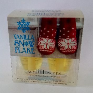 Bath & Body Works VANILLA SNOWFLAKE Wallflowers 2-Pack Home Fragrance Refills