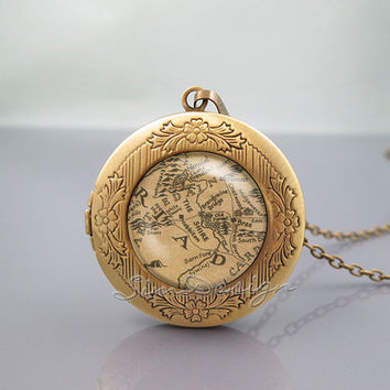 Lord of the Rings Locket Necklace,Lord of the Rings Middle Earth Map,vintage pendant Locket Necklace