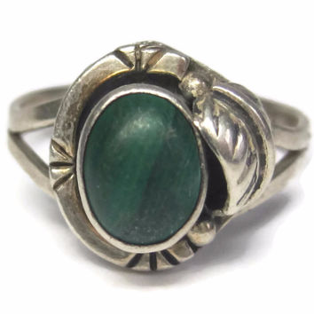 Vintage Navajo Style Malachite Feather Ring Mexican Sterling Size 8