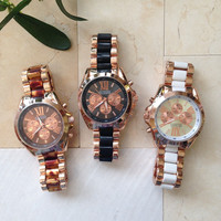 Beautiful Two-Tone Color  Metal Watches #W56