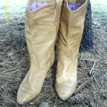On Sale SALE Leather Western Cowgirl Cowboy Boots // Slouchy Dingo Leather Boots 6.5