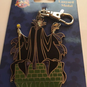 Disney Parks Maleficent Lanyad Medal New with Card