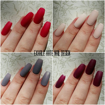 Matte Fall/Winter Press On Gel Polish Fake Nails - Set of 22 - Beige, Maroon, Red, Grey