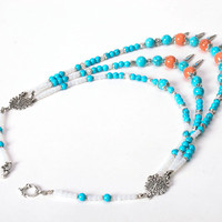 Necklace with turquoise and moon stone