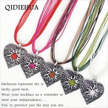 Boho 5 Color Love heart Statement Necklace Antique Silver Edelweiss Necklaces Pendants Fashion Short Chain Ribbon Rope Choker