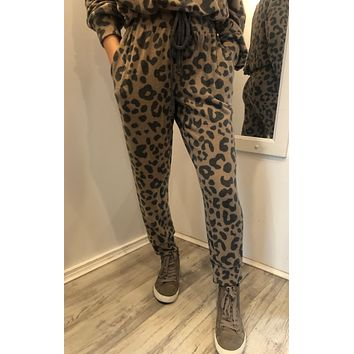 Leopard Print Brushed Jogger Pants - Tan