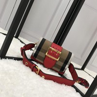 Burberry The Buckle in House Checkleather