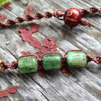 Green Kyanite Crystal Organic Brown Hemp Choker Necklace-Spiral Hemp Necklace Crystal And Wood Beads