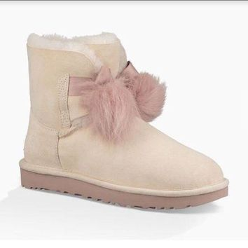 LFMON Women's Shoes UGG Gita Sheepskin Pom Pom Boot 1018517 Powder *New* size 7.