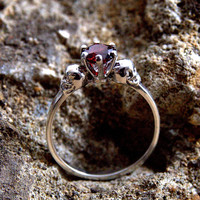 Skull Ring Silver 1ct Round Brilliant Cut Garnet Hand Crafted Engagement Ring 6 Claw