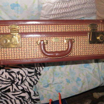 Vintage 40s Suitcase Made by Maximillian of New York Checker  wicker and leather  Design  looks like new