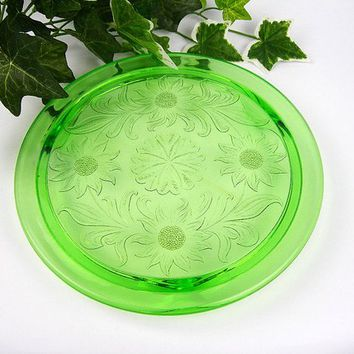 Cake Plate, Green Depression Glass, Sunflower Pattern by Jeanette Glass, Vintage 1930s Kitchen Ware, Weddings Showers Birthdays, Usable Gift